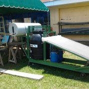 Photo of the portable solar biopower system
