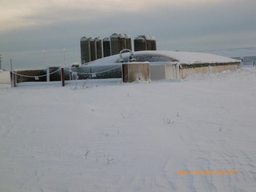 Research plug flow digester (250,000 gallons) (Winter time)