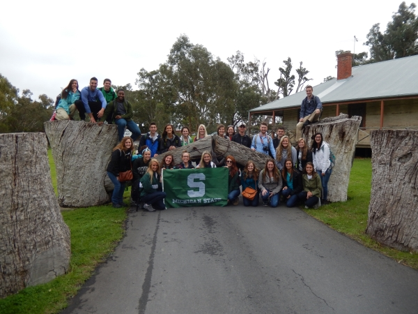 2015 Sustainable Food, Environment and Social Systems group at the front gate of Wirra Wirra Winery, McLaren Vale, South Australia