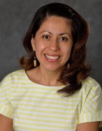 Photo of Dr. Medina-Meza