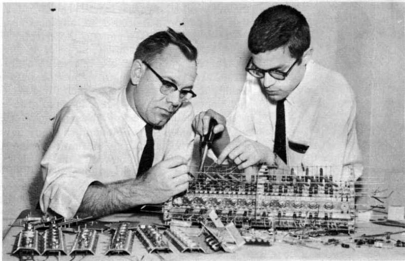 Photo of Lawrence W. Von Tersch and Julian Kateley working on the MISTIC computer.
