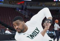 A team of Spartan Engineers worked with injured MSU basketball player Nick Ward to create a carbon fiber brace for his injured hand in time for Nick to compete in the Big Ten and NCAA tournaments.